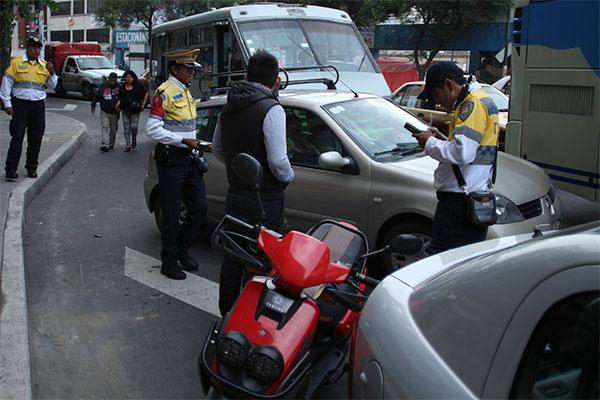 Policias_Transito_Infraccionando-5