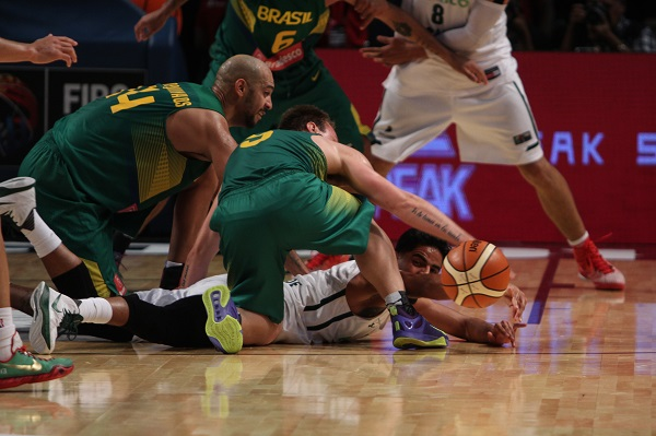 FIBA_2015_Me769xico_vs_Brasil-7