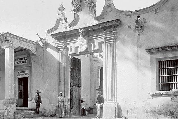 FOTO-DOS-MÁSPORMÁS-PALACIO-MUNICIPAL-COYOACÁN