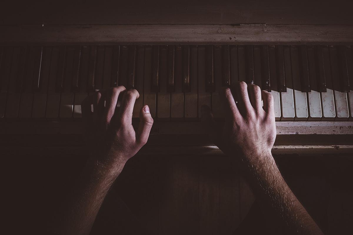hands-music-musician-piano1
