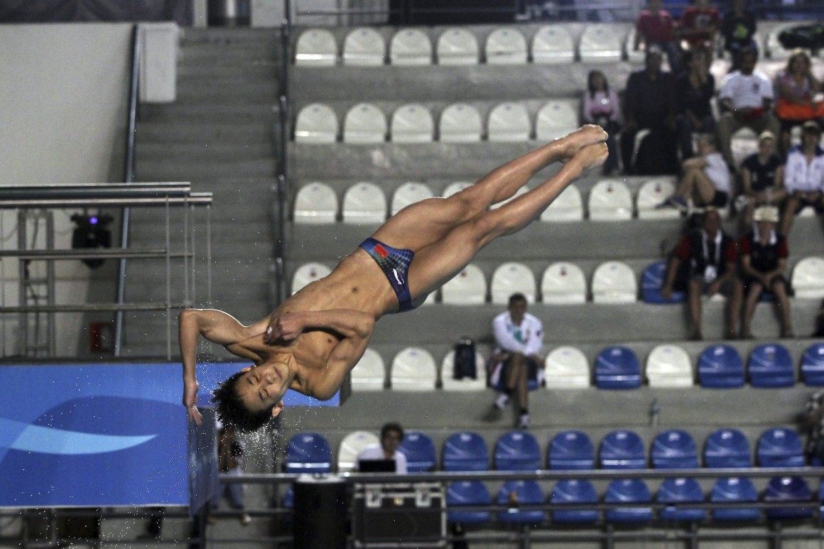 ZAPOPAN, JALISCO, 01MARZO2014.- El clavadista Chino Hao Yang, quien obtuvo la segunda posición en el trampolin de 3 metros, durante su participación en el primer día de actividades del Clasificatorio de Clavados rumbo a los Juegos Olímpicos de la Juventud Nanjing 2014. FOTO: FERNANDO CARRANZA /CUARTOSCURO.COM