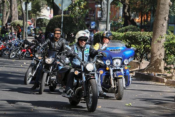 Motociclistas_protesta-2-ok