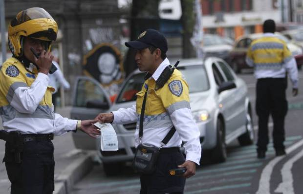 policias_transito_infraccionando-7