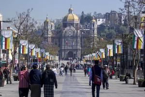 CIUDAD DE MÉXICO, 11FEBRERO2016.- En la Basilica de Guadalupe y sus alrededores continuan los preparativos para la visita que realizara el Papa Francisco como parte de su visita a México. FOTO: ENRIQUE ORDÓÑEZ /CUARTOSCURO.COM