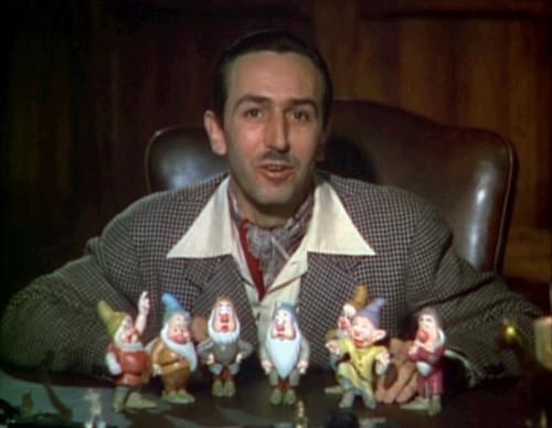 Walt_Disney_Snow_white_1937_trailer_screenshot_(13)