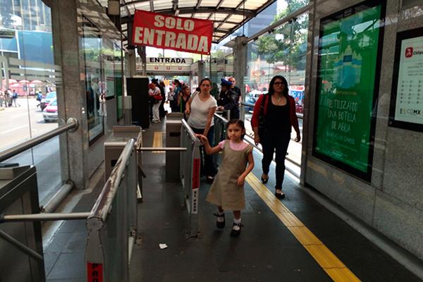 Metrobús-gratis-3