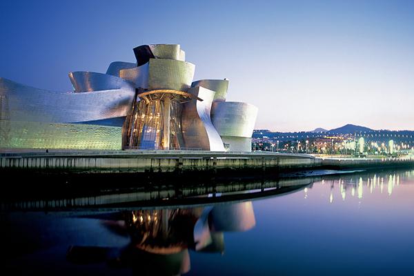 museo-guggenheim-Bilbao.