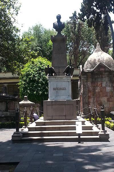 Zaragoza-tumba