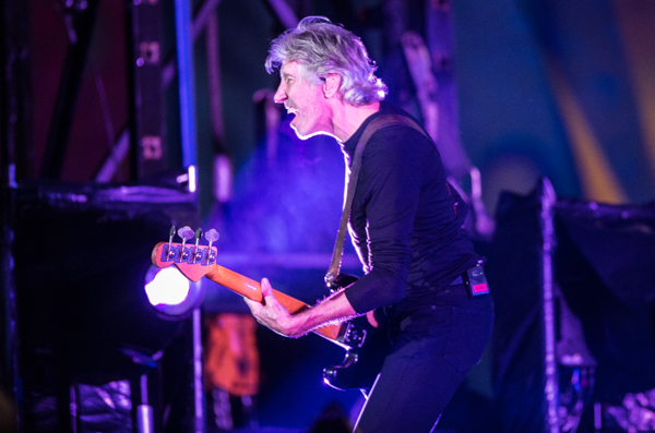 roger-waters-2