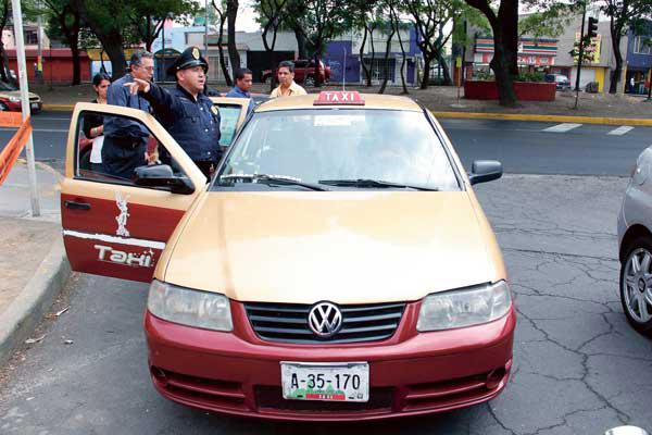 robar-taxi