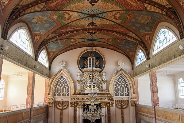 """CIUDAD DE MÉXICO, 24FEBRERO2016.- La Sinagoga Histórica localizada en el número 71 de la calle Justo Sierra es uno de los edificios históricos más antiguos de la capital del país, su construcción data de 1922. La palabra sinagoga proviene del griego """"synagein"""", que significa """"lugar donde la gente se reúne"""" . El nombre original del templo de origen judío es """"Nidje Israel! FOTO: MARÍA JOSÉ MARTÍNEZ /CUARTOSCURO.COM"""