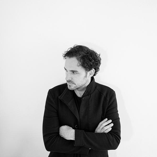 Manolo Cardona, el actor colombiano que tiene su segundo hogar en la Ciudad de México. Foto, Lulú Urdapilleta