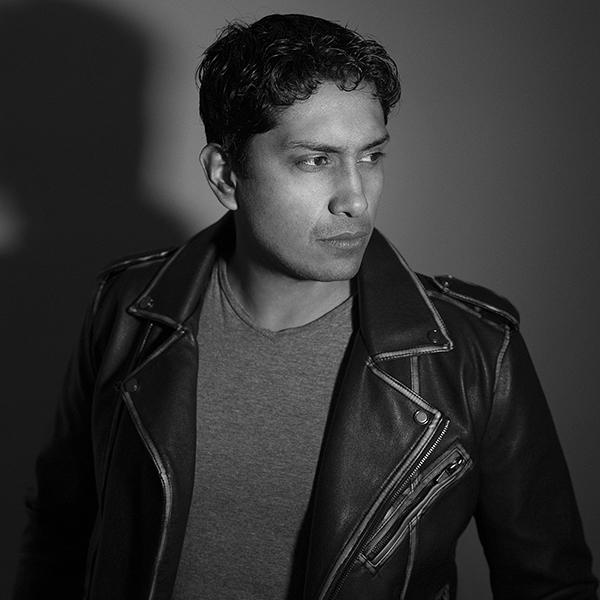 El actor Tenoch Huerta considera que en la CDMX tienes que ser el doble de bueno para triunfar. Foto, Erick Delgado