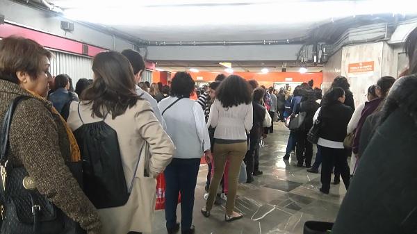 alrededor de 5.5 millones de personas viajan todos los días por el Metro de la Ciudad de México
