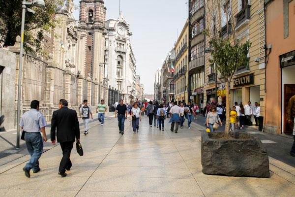 La calle Madero se llamó primero San Francisco, luego Profesa y después, Plateros