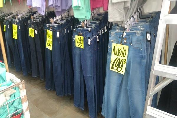 1b94a416c6be Las calles del Centro Histórico donde venden ropa barata - Máspormás