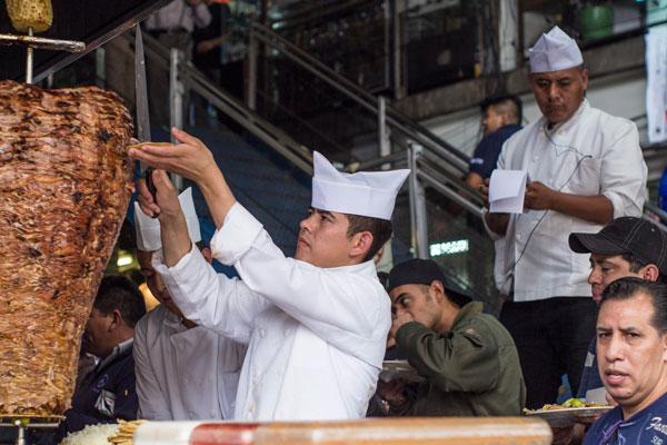 El 31 de marzo se festeja el Día del Taco, un alimento básico en la alimentación chilanga