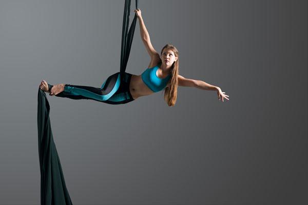 Para entrar a danza aérea en el Circo Volador debes pagar $70 de inscripción y el costo mensual es de $250