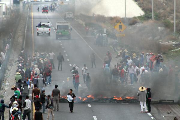 Huachicolero es aquella especie criminal que domina el elegante arte de robar combustible