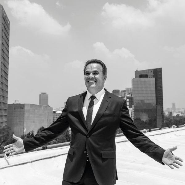 Fernando de la Mora un tenor exquisito