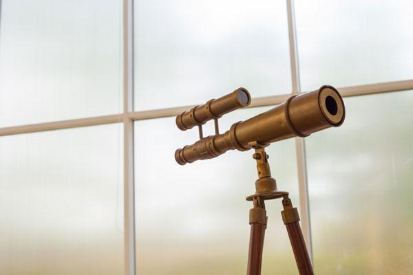 Turavisión cuenta con un centro de mantenimiento y reparación para tus equipos ópticos.