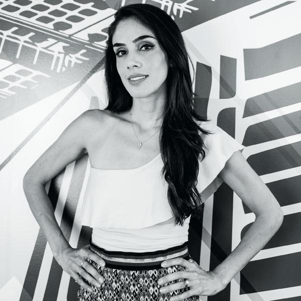 Sandra Echeverría cambia de rol