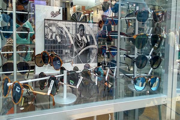 4ec74b28bb Dónde comprar lentes en las calles del Centro Histórico