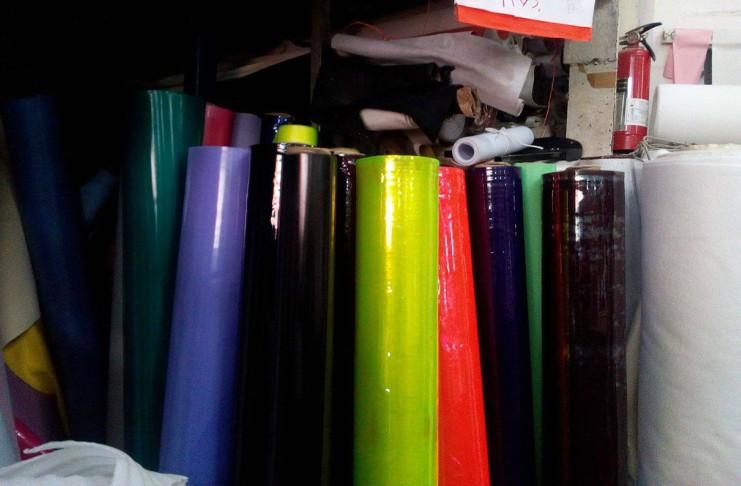 Todo lo que necesitas para tapizar tu sala se encuentra en - Materiales para tapizar ...