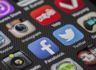 regular anuncios políticos en redes sociales