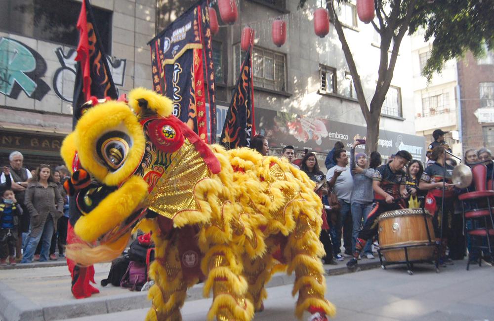 Danzas del dragón y del león