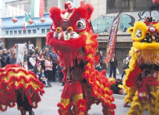 Danza del dragón y del león
